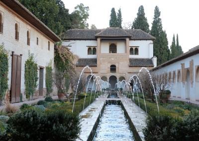 Generalife, Acequia-Hof mit Wasserspiel